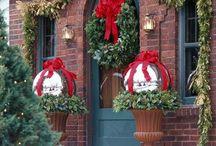 Christmas - Decor / by Holly Ingram