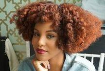 Inspirations coiffures d'été pour cheveux crépus / Nos idées coiffures pour les cheveux crépus