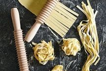 Tips & tricks of the trade / A collection of tips and tricks to master your kitchen.