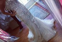 Dresses / by Kaylee Keefer