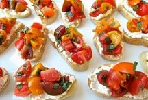 Appetizers / by Filomena Martins