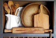Kitchens / by Joanna Clare