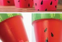 Summer Crafts / Summer Crafts for everyone! Grab the glue, paint, and enjoy making these crafts!  Summer Crafts   Summer DIYs   Crafts for Kids   Beat the Boredom   Inexpensive Crafts   Craft Ideas  