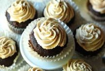 Cupcakes Recipes / by Tanya Schroeder @lemonsforlulu.com