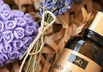 LaQ / Naturalne oleje, kwasy hialuronowe, kule do kąpieli, kremy, pomadki, balsamy do ciała i pozostałe produkty powstające w pracowni.