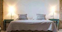Beds, beds, beds, beds, beds / Ankommen, eintreten und wohlfühlen - so fängt der Urlaub richtig gut an. Wir zeigen euch an dieser Stelle die schönsten Schlafzimmer und Betten aus unseren handverlesenen Fincahotels & Boutique Hotels in Spanien und Italien.