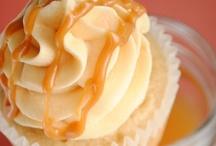 Food: Cupcakes!!  / by Jess Christine