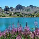 Trésors en Paca / Lacs, cascades, villages, grottes, plages, forêts... La région PACA offre mille et une merveilles. Partons à la découverte de ces lieux extra-ordinaires !
