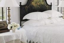 Sleepy Time / Beautiful bedrooms with wonderful fabrics