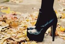Shoes / by Natascha Boersma