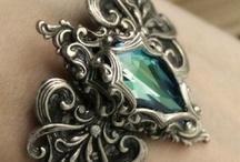 Jewelry Love / by Luna Noel Seawolf