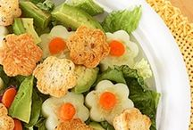 bunches of munches for kids' school lunches / by laura faulk