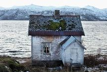abandoned / abandoned, abandoned buildings, abandoned places, abandoned structures, empty, overgrown
