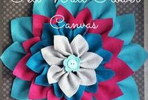 DIY Canvas Crafts / Canvas looks amazing on a wall, whether it's displaying a picture, a saying, or something your kid made.  Find inspiration on what to do with your next blank canvas here.