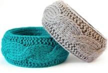 knitting / by Manuela Mora