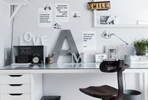 FOR HOME: HOME OFFICE / How to create the best home office you can imagine. No matter if you have a small space in a corner of your living room or a space room, you can work from home in a style and feel comfortable. Home decoration ideas. Storage. Desk. Chair. Shelves. Organizing home office