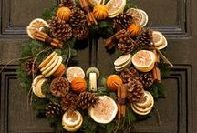 FOR HOME: FALL WREATH / Autumn (Fall) is coming so it is time to think of the best and most beautiful home decoration ideas and DIY tutorials. Wreaths are amazing way how to make our house even more great looking. Follow this board to get the best inspiration for fall home decor with stunning wreaths for autumn, Thanksgiving, Halloween and more. Front door decor ideas.