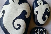 pAiNtEd RoCkS rOcK / Ideas and Rocks we painted