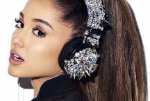 Ari / Ariana Grande My favourite singerShe is very Beautiful
