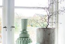 Eenig & Window sill / Vensterbank / Window sill decoration. Window ledge decor.