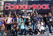 School of Rock / Get ready to rock out with Alex Brightman and the kids at SCHOOL OF ROCK!