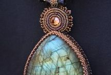 Gemstone Handmade Artisan Jewelry / One-of-a-kind Artisan Jewelry Designs handmade from Natural Gemstones creating bead necklaces, nugget bracelets and turquoise bead earrings, focal turquoise pendants and stone cabochon pendant designs.