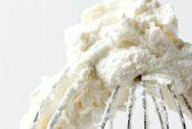 Cakes // Cupcakes / by Kate Ellis