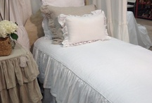 bedding / by cottagebydesign.com Trish Banner