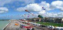 DIEPPE - Capitale du Cerf-Volant / Dieppe - Capitale du cerf-volant Découvrez la ville et le plus grand festival de cerf-volant au monde.