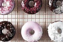 Teilchen, Donuts & Co.   Rezepte / Donuts, Hefegebäck, Berliner, Krapfen und Rezept Ideen für sonstiges Kleingebäck, das mit einem (oder zwei) Haps im Mund ist.