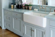 Beach house kitchen / Oh I do like to be beside the seaside!