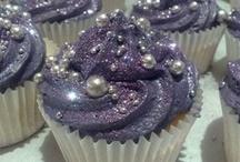 Cupcakes! / by NickieAnn Tisue