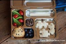 bentotally awesome / bento box meals and fun ways to prepare food for kids / by Amber Campbell