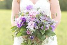 Wedding Bride and Bridesmaid Bouquets / Ideas to help you find a beautiful bouquet for your wedding day. Check out our blog for more inspiration at www.kevinandannablog.com