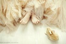 Wedding Dress / by Ronit Araujo