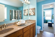 Bathrooms / Looking for expansion? Centex knows bathrooms are an important part of that. From getting ready in the morning to giving baths in the evening, the bathroom is an integral part of daily activity. Customize your washroom with Centex floor plans and put yourself in a better place!