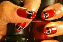 Nails for the holidays / xmas , halloween etc