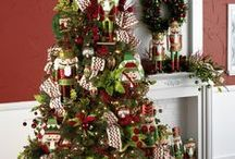 RAZ 2015 Christmas Trees / by Trendy Tree