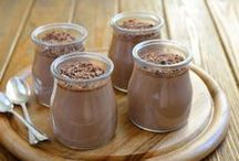 Puddings & Chia / various recipes of pudding, parfaits, custards and mousse made with chia
