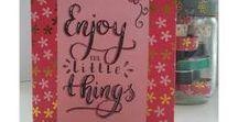 Lize creatief - alle projecten van letters en lijnen / DIY - handletteren - brushletteren - snailmail - cadeaus- giftwrapping - homemade - kaarten maken - ecoline- ecoline brushpens - tips - cadeautjes maken -
