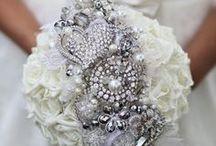 Bridal Editorials / Editorials featuring THEIA Bridal