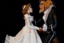 """Principesse e principi / Biancaneve, Cenerentola, Aurora, Ariel, Belle, Jasmine, Pocahontas, Mulan, Rapunzel... chi non rimane affascinato dal magico mondo delle fiabe, con principesse da salvare, eroine ed eroi che affrontano draghi e malvagi, principi azzurri a cavallo, streghe cattive e tanta tanta magia? E allora spazio alla fantasia!   """"I sogni son desideri chiusi in fondo al cuor""""  Cenerentola - Walt Disney, 1950"""