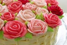 Cake Decorating Ideas / by Delaney Graves