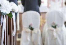 Dekoration & Floristik / Klassisch, verspielt, vintage oder mal was ganz anderes? Rote oder lieber weiße Rosen? - Tischdekos, die jeden Geschmack treffen! Hier finden Sie viele Ideen, wie Sie Ihre Hochzeitsdekoration gestalten können