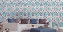 Pokój dzienny / Tapetowe inspiracje dla sypialni - zobacz, jak można zaaranżować przestrzeń za pomocą tapet. Wzory nowoczesne, geometryczne, stylowe, motywy zwierzęce i wiele innych..