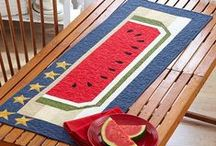 Hot Summer Quilts / by American Patchwork & Quilting