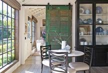 Breakfast Rooms / by Amber Reddoch