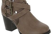 Boots and Booties / All about fall boots and booties to swoon over!