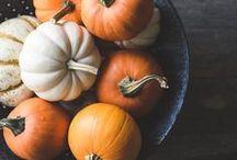 Пикчи для DIY. Осень / На этой доске Вы можете найти для себя необычные фотографии, картинки,связанные с осенью. Тыквы, горячий кофе, ароматические свечи, теплый плед и любимая книга- это все, что нужно для такого приятного времени года (даже несмотря на дождь).