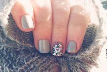 Nailed It! / Paint yo nails.